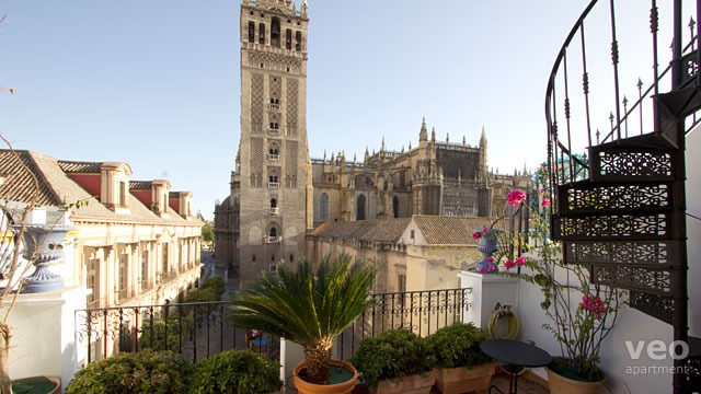 Holiday Apartments In Seville Spain With Views Of The