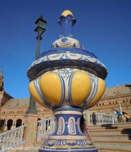 detail at Plaza de España