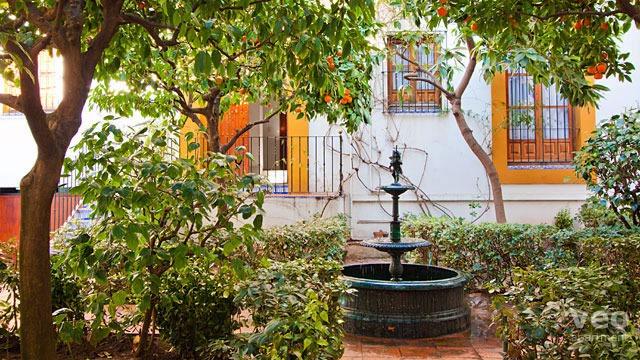 0054_plaza-santa-cruz-b-02