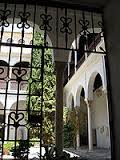 entrance to patio of Casa Castril