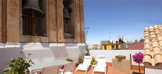 Seville rental apartment Campanario Terrace | Historic house beside the church of el Salvador 0239