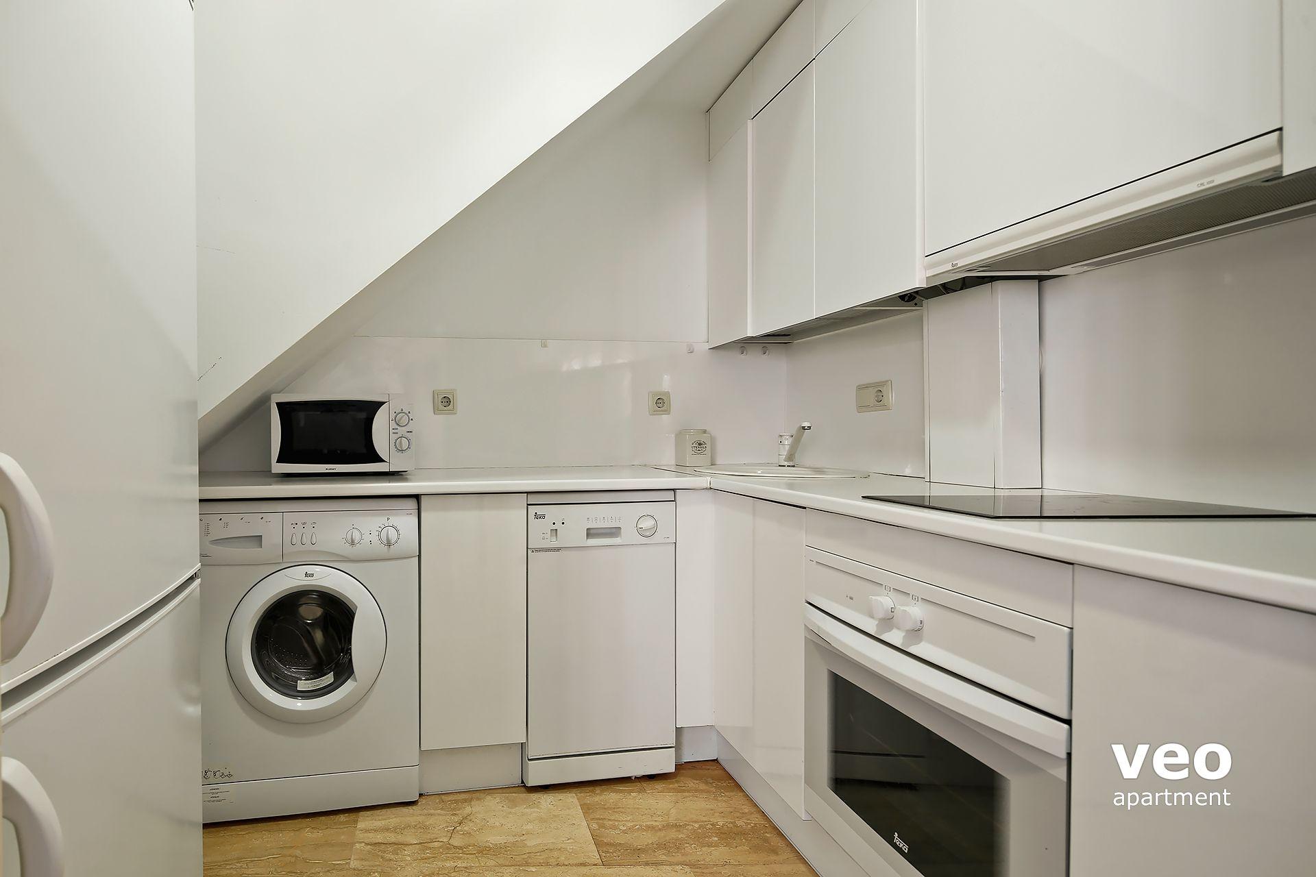 Sevilla apartmento calle pajaritos sevilla espa a for Registro bienes muebles sevilla