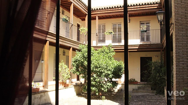 Rent vacation apartment in Seville San Jacinto Street Seville