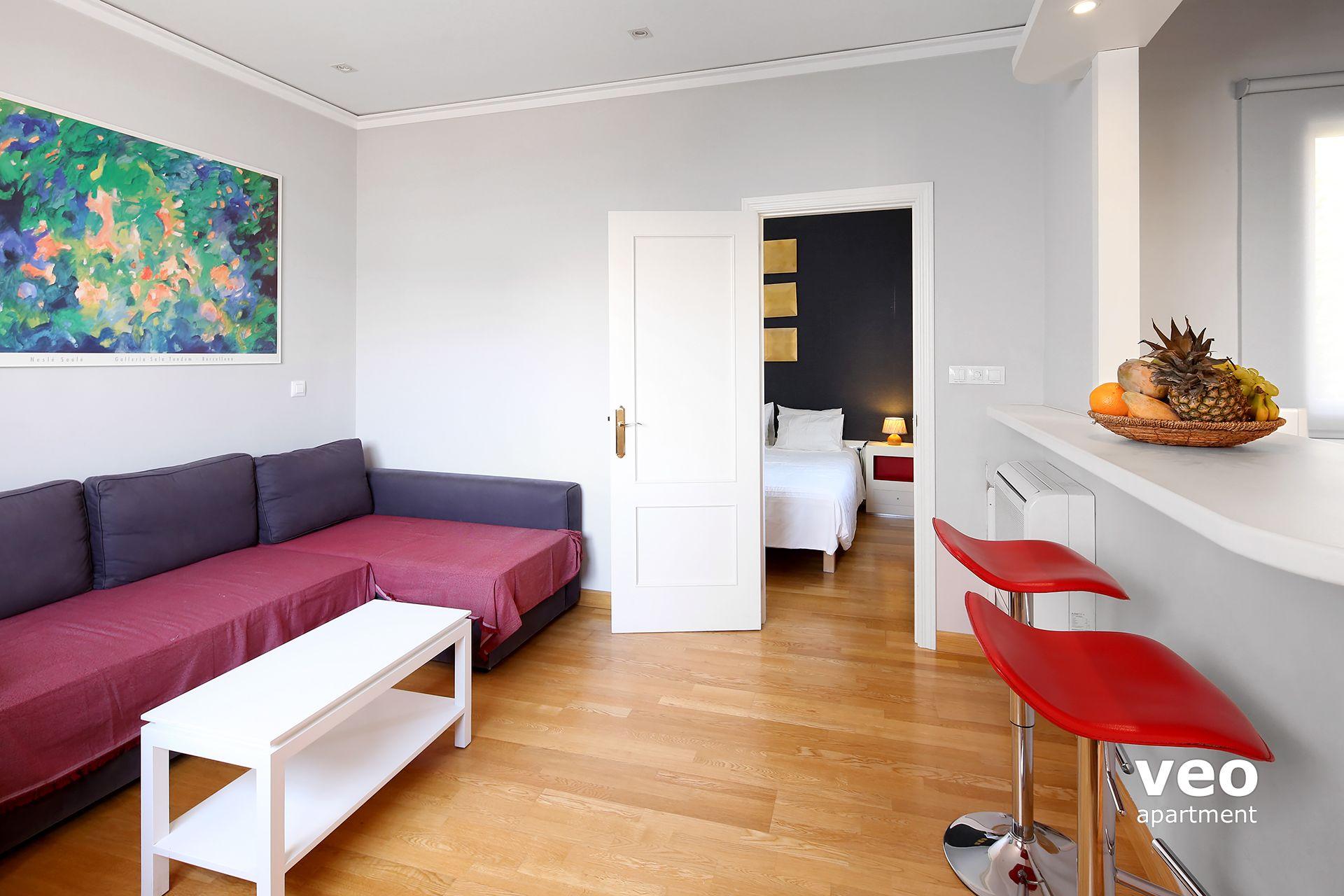 Sevilla apartmento calle hombre de piedra sevilla espa a for Registro bienes muebles sevilla