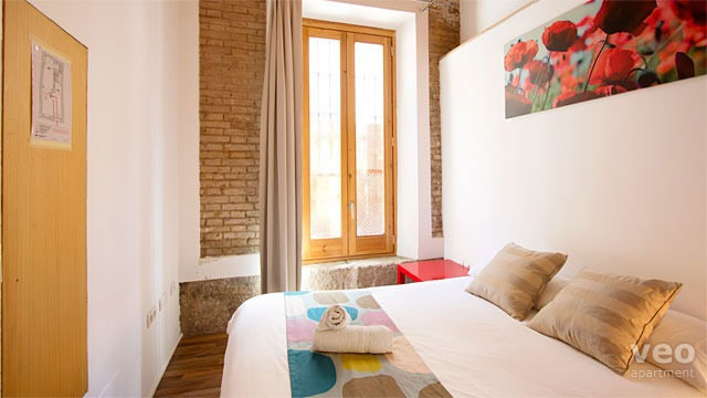 Rent vacation apartment in Granada Cuesta de Gomérez street Granada