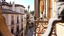 Granada Ferienwohnung - Balcony view of Cuesta Gom�rez, the pedestrian street access to the Alhambra.