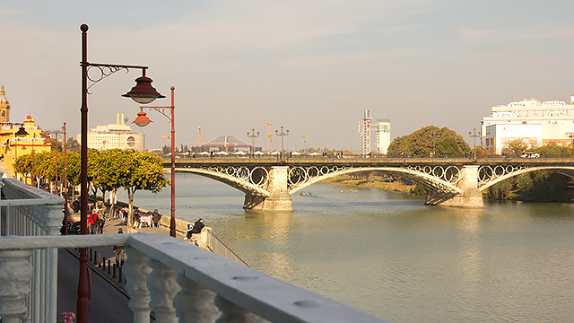 Rent vacation apartment in Seville Betis Street Seville