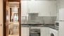 Sevilla Apartamento - Kitchen fully equipped with all main utensils and appliances. With oven and washing machine.
