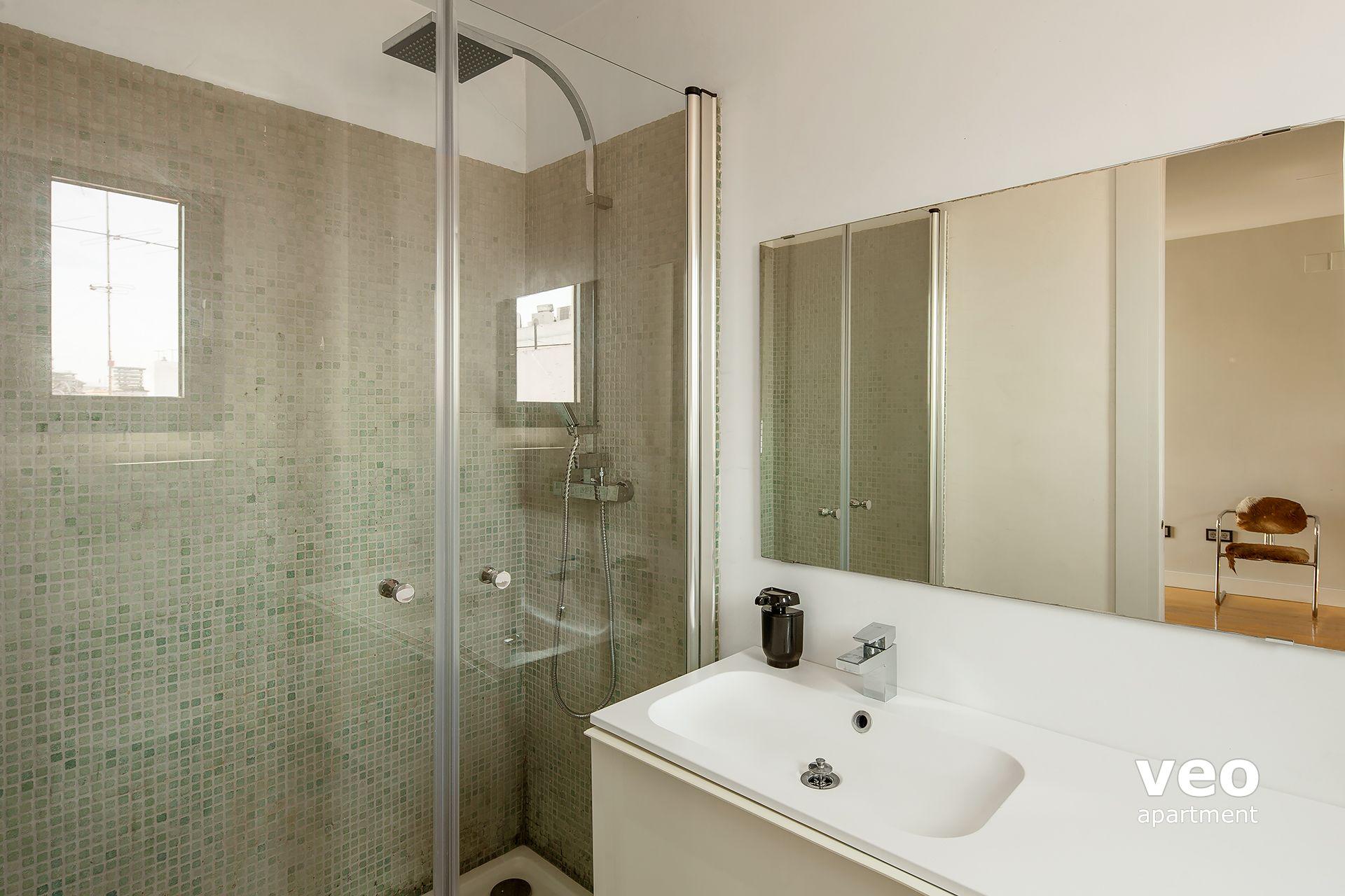 ... Seville Apartment   Bathroom 3 (inside Bedroom 3).
