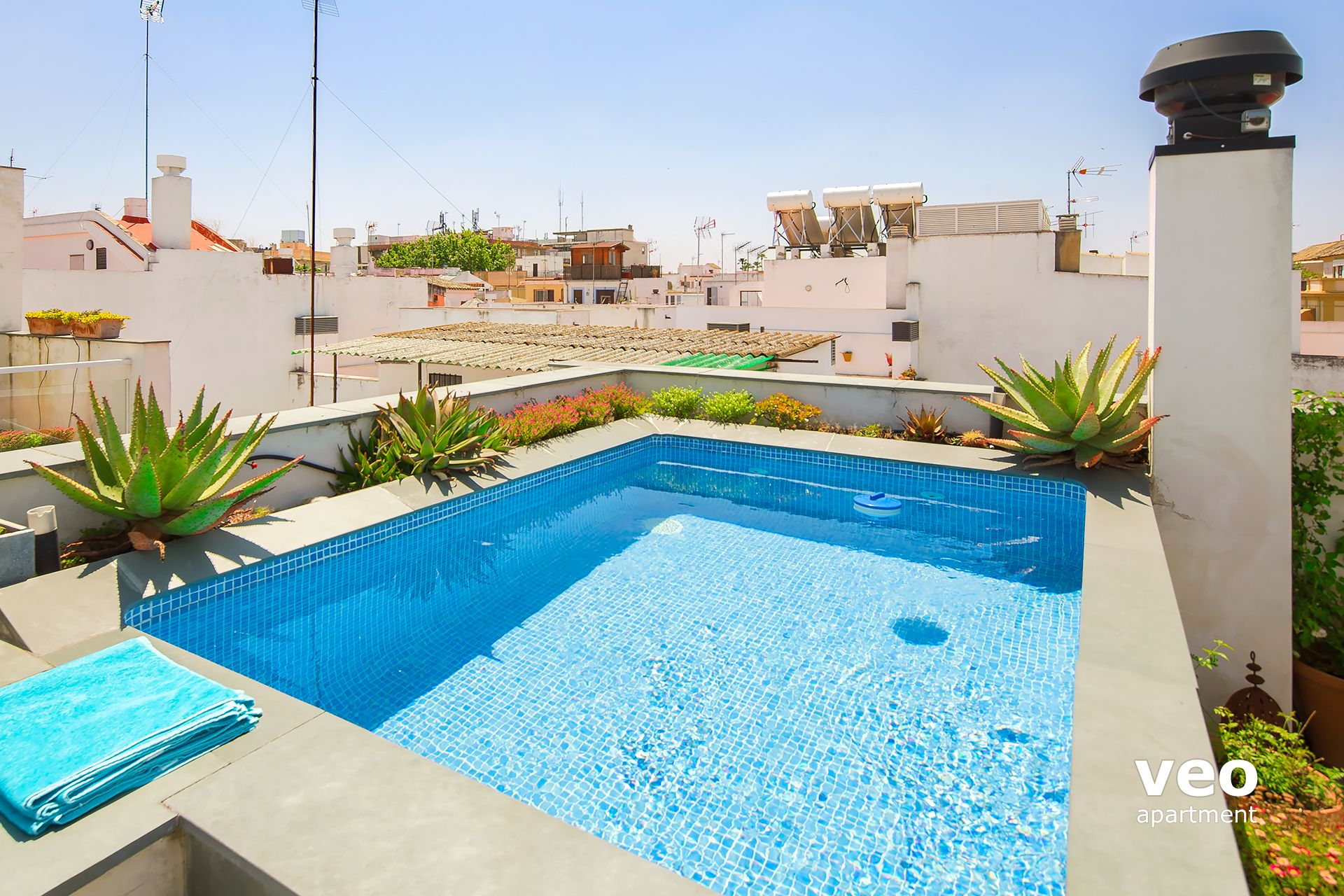 Appartement rue teodosio s ville espagne teodosio terrasse location d 39 appartement - Piscinas desmontables 3x2 ...