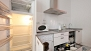 Sevilla Ferienwohnung - Modern kitchen equipped with all main utensils and appliances for self-catering.