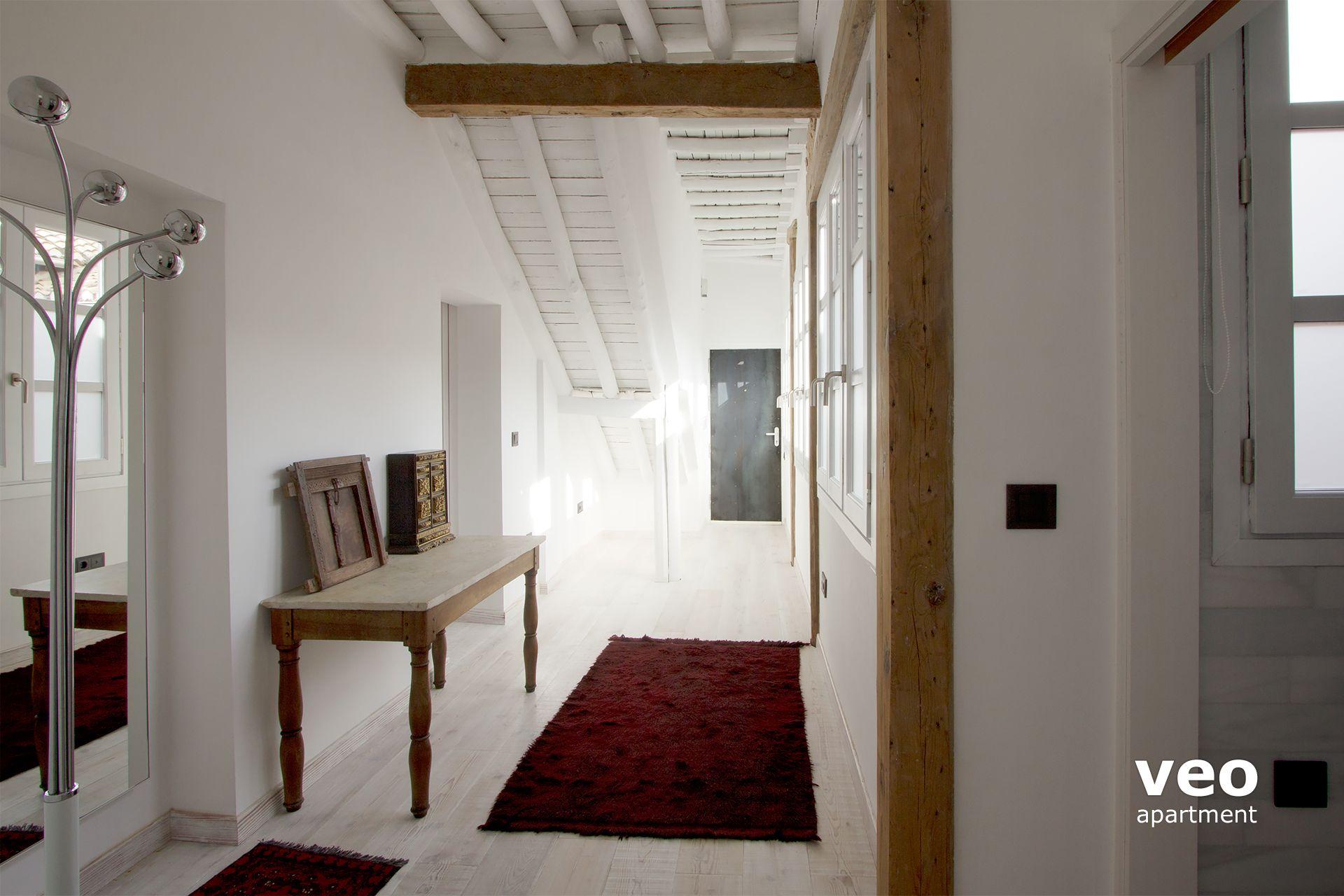 meubles cafe kilkenny obtenga ideas dise o de muebles para su hogar aqu. Black Bedroom Furniture Sets. Home Design Ideas