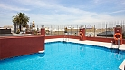 Accommodation Seville Lirio C | 1 bedroom apartment with shared roof-top pool