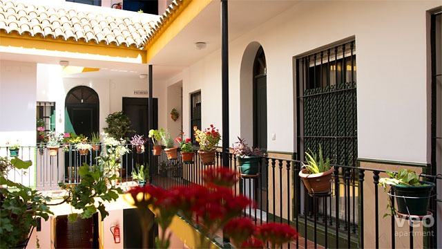 Rent vacation apartment in Seville Jerónimo Hernández Street Seville