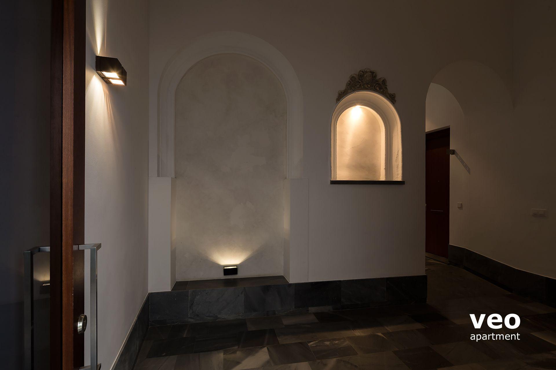 0392_corral-rey-1-apartments-veoapartment-seville-03 Frais De Table Basse Qui Se Leve Des Idées
