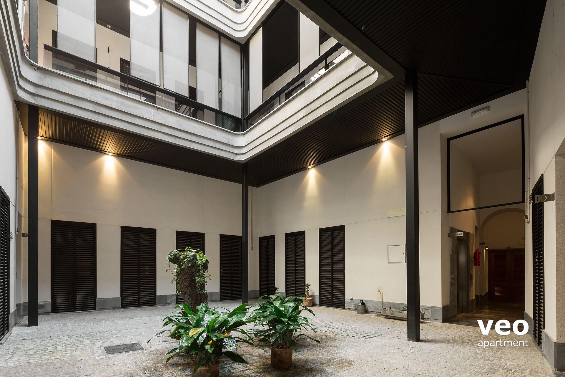 0392_corral-rey-1-apartments-veoapartment-seville-07 Frais De Table Basse Qui Se Leve Des Idées