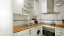 Seville Apartment - Kitchen fully equipped with washing machine, oven and dishwasher.