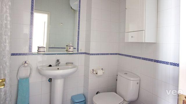Pin zone non fumeur panneaux de signalisation et for Petite salle de bain avec wc
