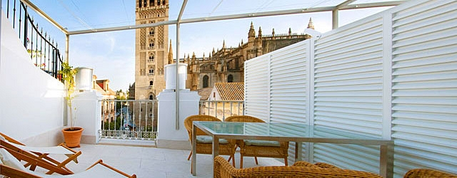 Seville rental apartment Giralda Terrace 2 | Duplex with exceptional Cathedral views 0468