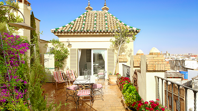 Rent vacation apartment in Seville Cruz Verde Street Seville