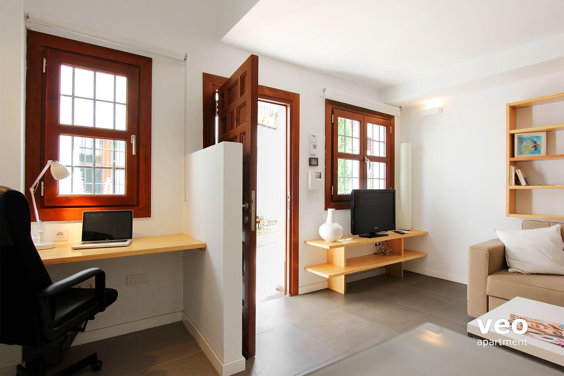 appartement rue san jos alta s ville espagne san jos 2 terrasse location d 39 appartement. Black Bedroom Furniture Sets. Home Design Ideas