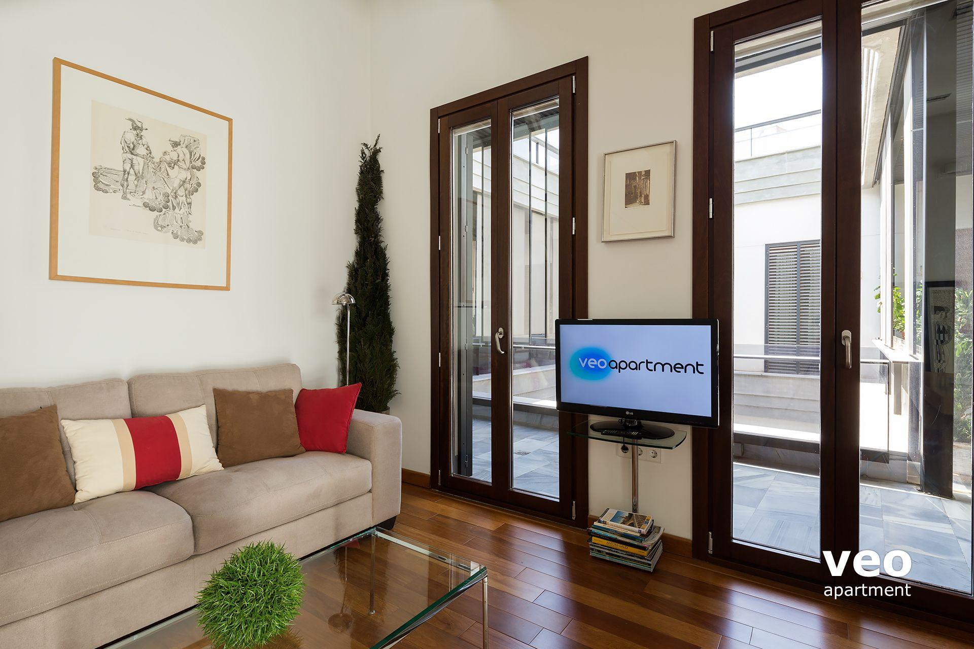 Sevilla apartmento calle corral del rey sevilla espa a for Registro bienes muebles sevilla