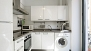 Sevilla Apartamento - Kitchen equipped with all main utensils and appliances. With oven and washing machine.