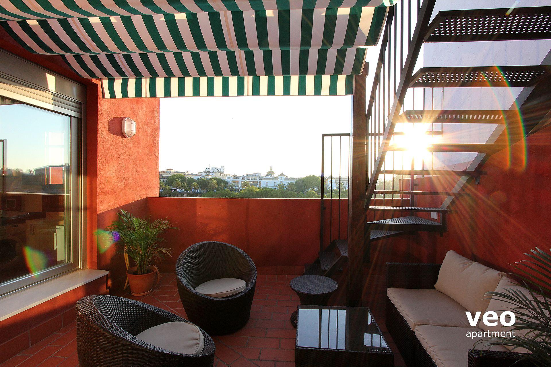 Seville apartment betis street seville spain betis for Apartment terrace furniture