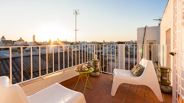 Rent vacation apartment in Seville Conde de Ibarra Street Seville