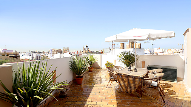 Rent vacation apartment in Seville Sol Street Seville