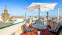 Sevilla Ferienwohnung - The upper terrace is also equipped with garden furniture.