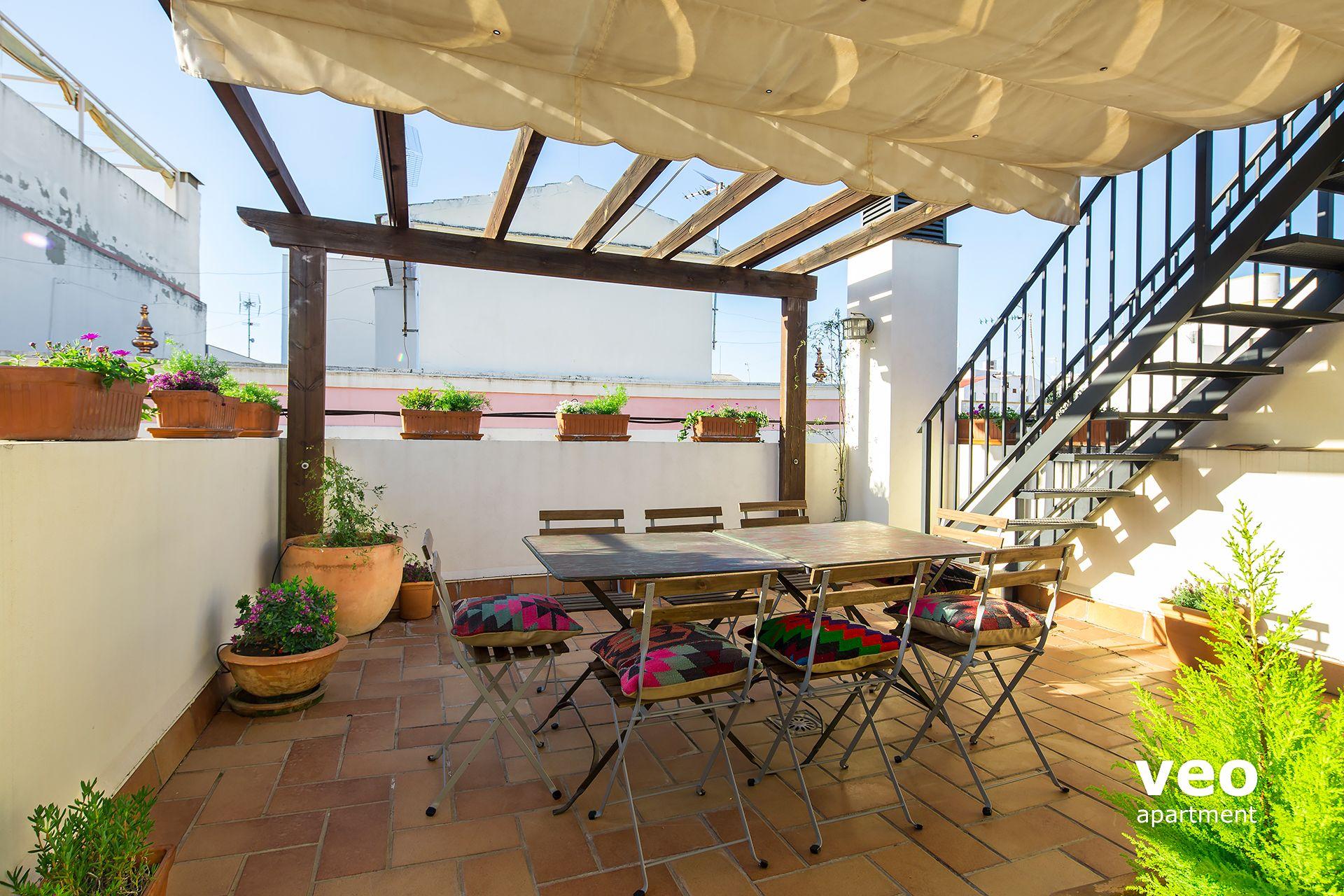 Granada apartmento calle rodo granada espa a arenal for Terraza del apartamento