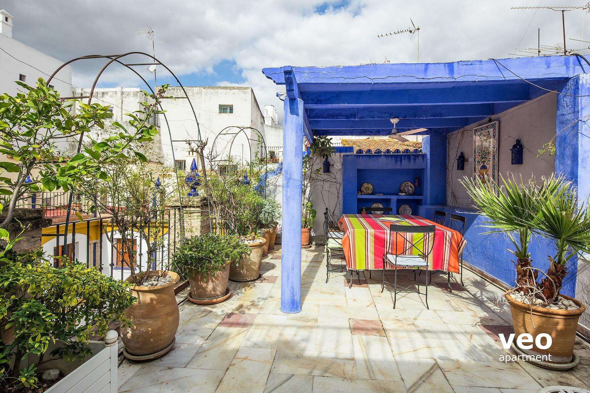 seville apartment celinda callej n seville spain alfalfa. Black Bedroom Furniture Sets. Home Design Ideas