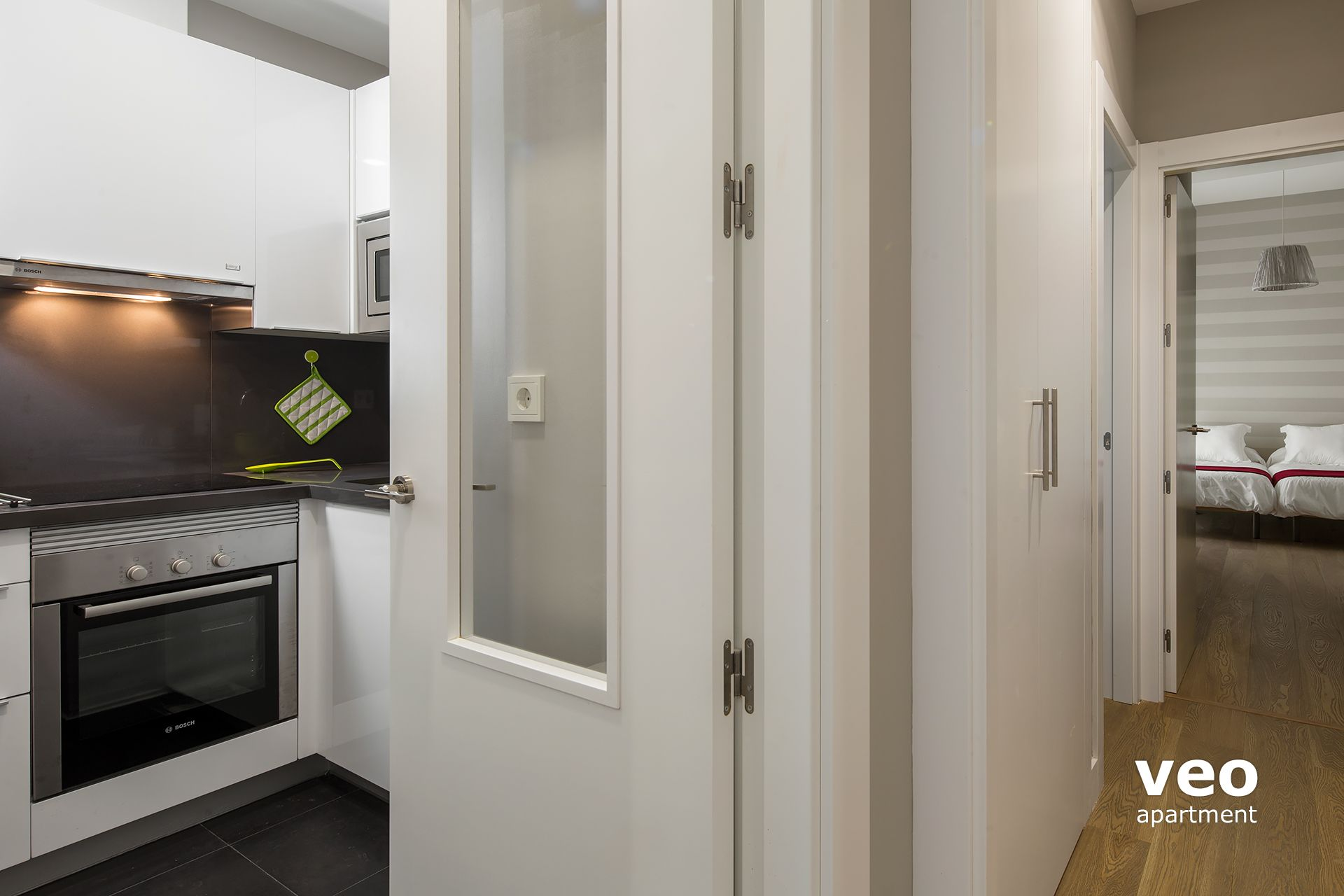 Sevilla Ferienwohnung   A Corridor Leads To The 2 Bedrooms And 2 Bathrooms.