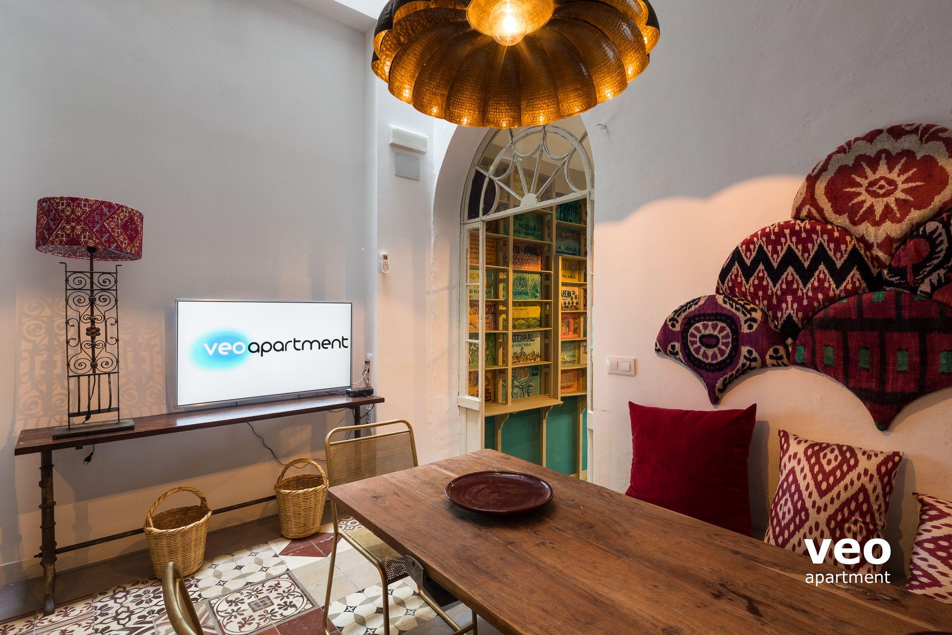 Sevilla apartmento calle alfonso xii sevilla espa a for Registro bienes muebles sevilla