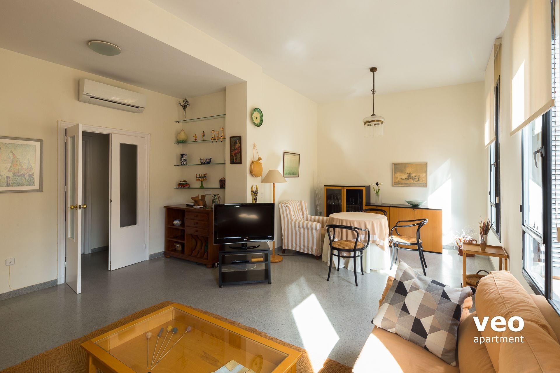Sevilla apartmento calle san vicente sevilla espa a san for Registro bienes muebles sevilla
