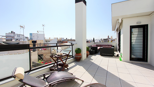 Rent vacation apartment in Seville Corral del Rey Street Seville