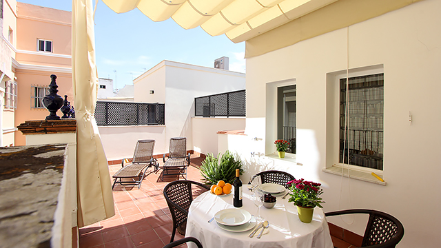 Rent vacation apartment in Seville Celinda Callejón Seville